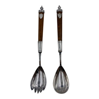 Antique 1900s English Oak Serving Utensils With Silver Crests - Set of 2 For Sale