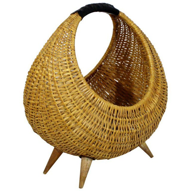 Brown Mid-Century Modern Franco Albini Italian Rattan Wicker Leather Magazine Basket For Sale - Image 8 of 8
