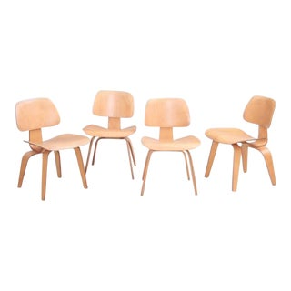 Set of Four Matched Early DCW Dining Chairs by Charles and Ray Eames for Evans For Sale