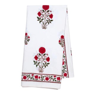 Amaya 10-Seat Red Tablecloth For Sale