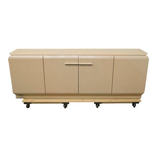 Late 20th Century Vintage White Lacquered Storage Buffet For Sale