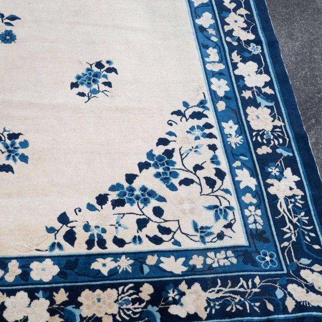 Art Deco Large Scale Chinese Art Deco Rug in Cream and Navy with Floral Motifs For Sale - Image 3 of 10