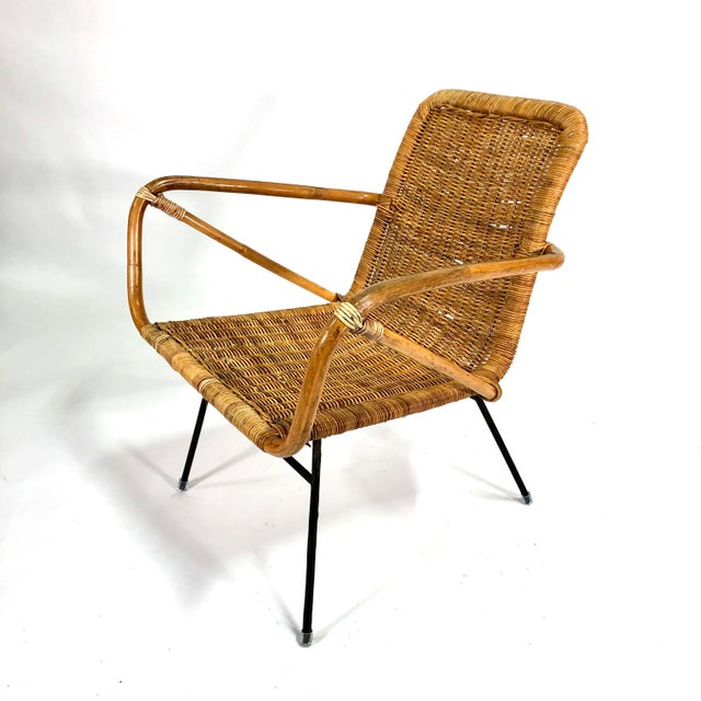 Camel Mid Century Italian Rattan Lounge Chair For Sale - Image 8 of 12