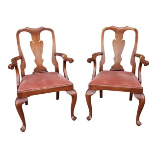 Pair Henkel Harris Solid Wild Black Cherry Queen Anne Style Dining Room Armchairs C1970s For Sale