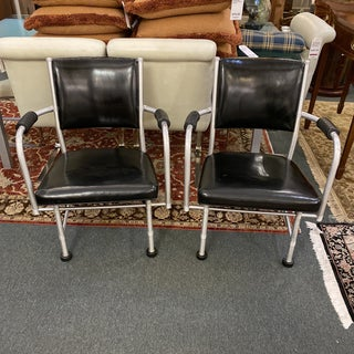 Mid-20th Century Warren McArthur Arm Chairs No.1025 Preview