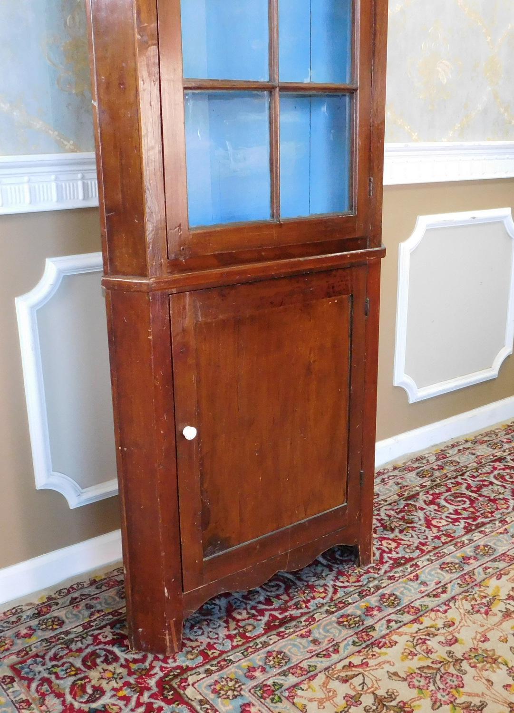 Antique Walnut 19th Century Country Colonial Primitive 2 Door Corner Cabinet  Cupboard C1880   Image 4
