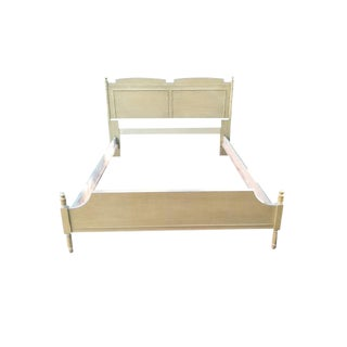 20th Century Hollywood Regency Thomasville Faux Bamboo Full Size Bedframe For Sale