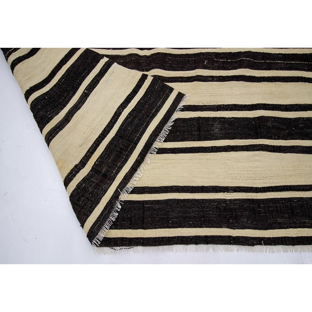 1960s 1960s Vintage Striped Natural Kilim Rug- 5′10″ × 11′3″ For Sale - Image 5 of 7