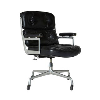 Charles Eames for Herman Miller Early Time Life Executive Chair