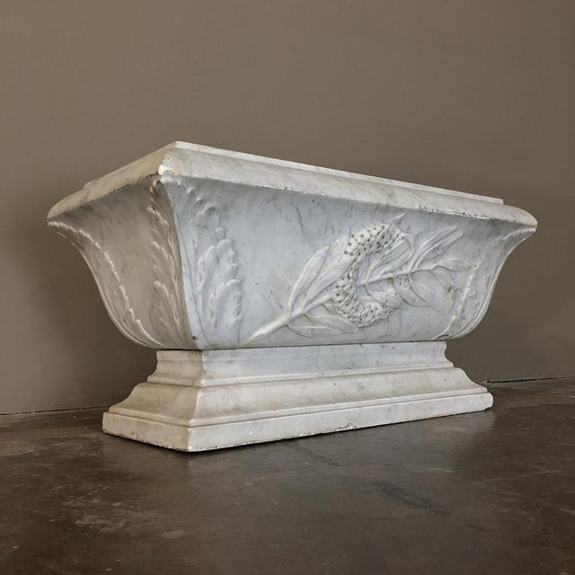 19th Century Louis XVI Carved Carrara Marble Neoclassical Planter For Sale - Image 4 of 11