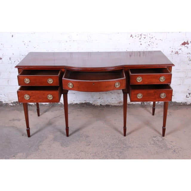 1900 - 1909 Antique English Hepplewhite Style Mahogany Sideboard Buffet For Sale - Image 5 of 13