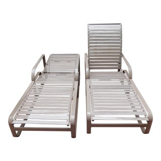 Vintage Brown Jordan Outdoor Chaise Lounge Chairs - a Pair For Sale