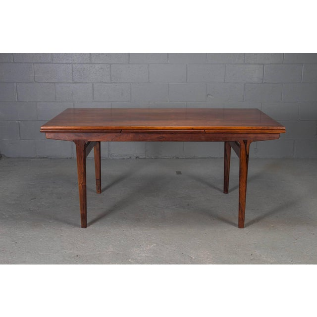 Mid-Century Modern Danish Modern Rosewood Extension Dining Table For Sale - Image 3 of 11
