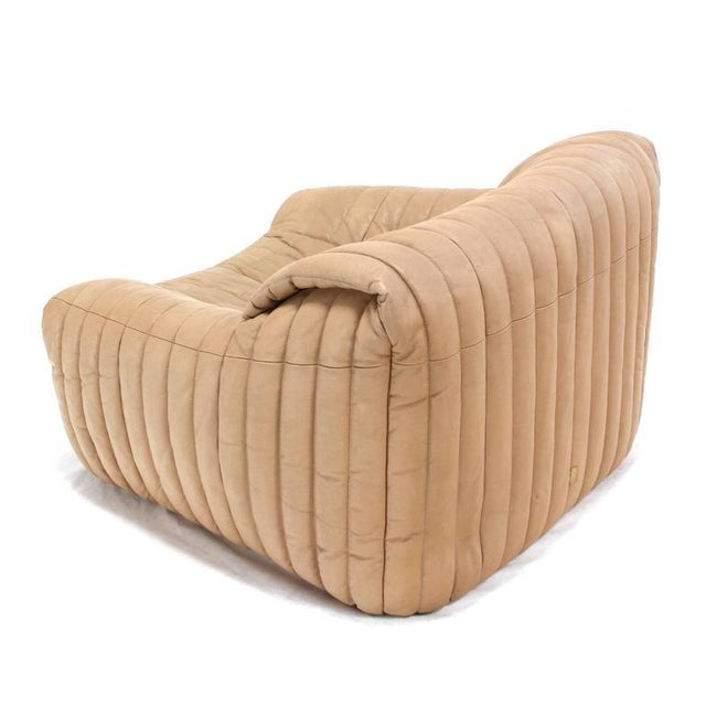 White Ligne Roset Beige Ribbed Leather Loveseat and Chair For Sale - Image 8 of 9