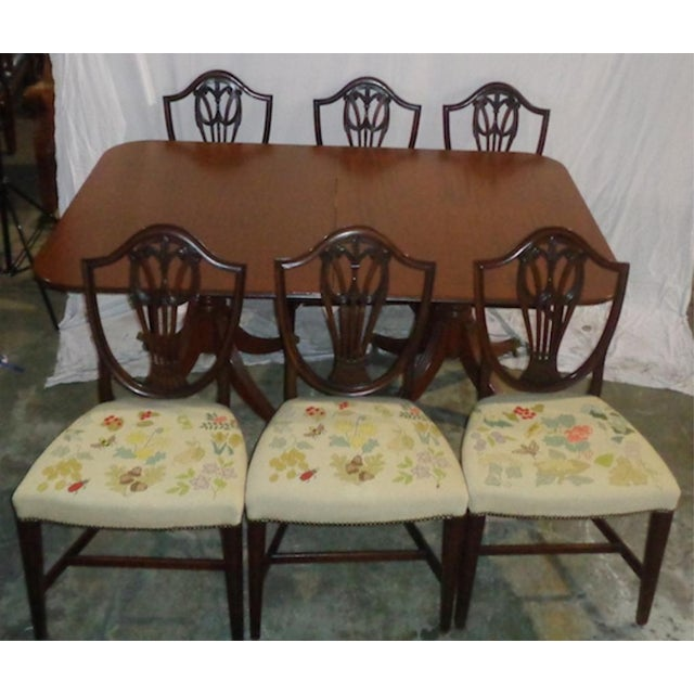 Chippendale Mahogany Duncan Phyfe-Style Dining Set with 6 Chairs For Sale - Image 3 of 3