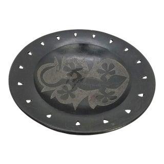 Primitive Native Pottery Bowl Lizard Pattern Decorative Bowl For Sale
