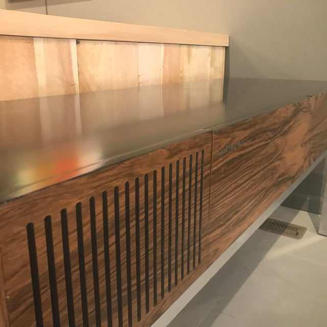 """1970s Blaupunkt GmbH """"Arizona"""" Rosewood & Chrome Stereo Console For Sale In New York - Image 6 of 13"""