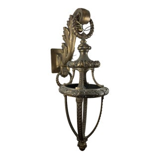 Large Neoclassical Cast Bronze Acanthus Form Sconce For Sale