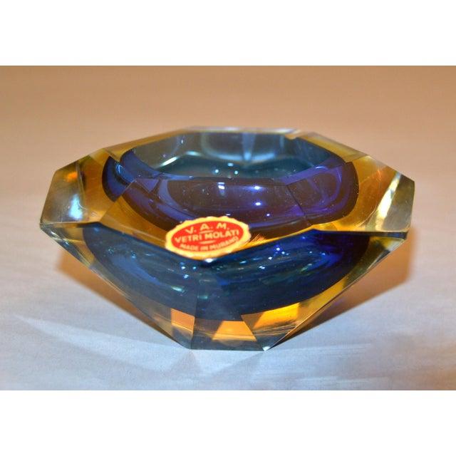 Blue Multi Faceted Murano Glass Ashtray Attributed to F. Poli by Vetri Molati Murano For Sale - Image 8 of 12