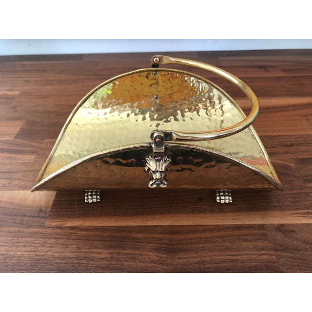 Vintage Hammered Brass Petite Hearth Log Carrier For Sale In Charlotte - Image 6 of 13