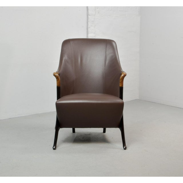 Italian Mid-Century Modern Italian Design Seal Brown Leather Lounge Chair 'Progetti' by Giorgetti, 1980s For Sale - Image 3 of 13