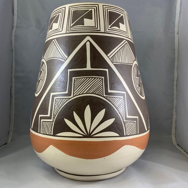Rustic Vintage Stella Teller Southwestern Polychrome Mountain Design Painted Vase For Sale - Image 3 of 13