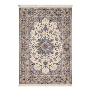 "Persian Pasargad Ivory Isfahan Silk Wool Rug - 3'7"" X 5'3"" For Sale"
