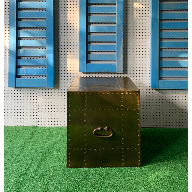 Mid-Century Modern Brass Studded Cube Box Table For Sale - Image 3 of 5