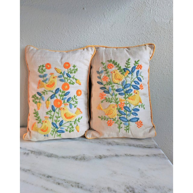 Vintage Embroidered Crewel Bird Throw Pillows - A Pair For Sale - Image 10 of 10