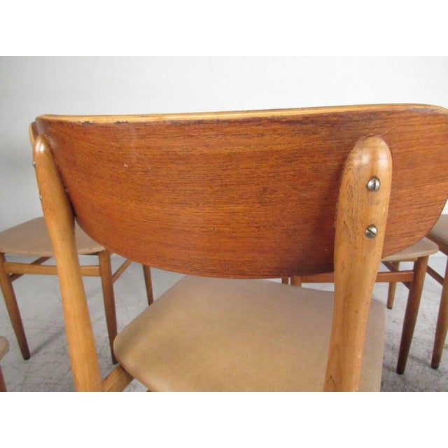 Wood Set of Mid-Century Modern Bentwood Dining Chairs For Sale - Image 7 of 9