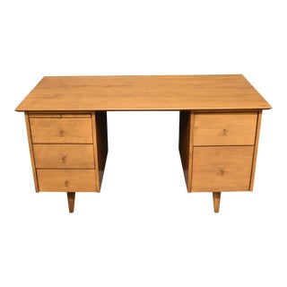 Mid-Century Modern Paul McCobb Planner Group Maple Double Pedestal Partner Desk For Sale