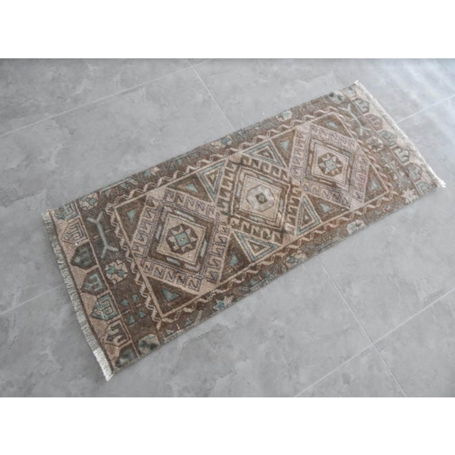 Distressed Oushak Rug Runner 21.6'' X 50'' /55x127cm Hand woven with high quality pure wool Excellent condition From...