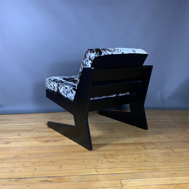 Pair Cowhide & Black Lacquered Lounge Chairs, Germany 1980 For Sale - Image 4 of 10