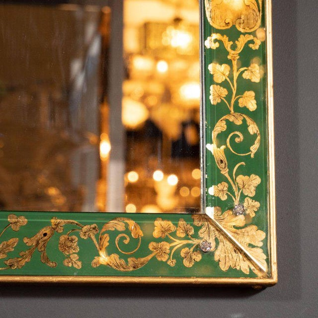 Mid-Century Modern Emerald Reverse Églomisé Mirror With Gilt Detailing For Sale In New York - Image 6 of 10