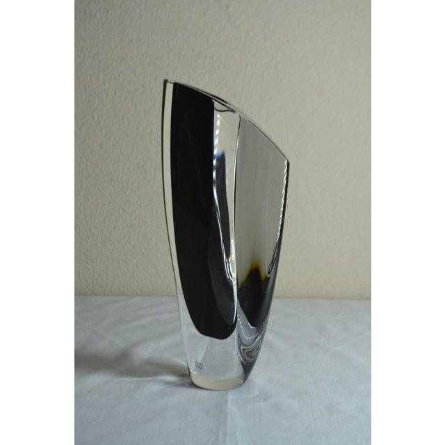 "Mid-Century Modern 1980s Vintage Kosta Boda ""Saraband"" Swedish Art Glass Vase For Sale - Image 3 of 11"