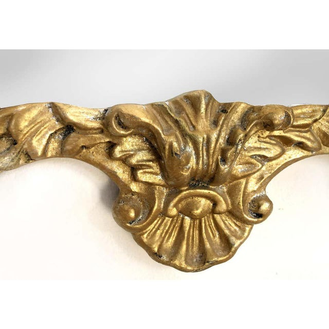 Gampel-Stoll Hollywood Regency Chinoiserie Mirror in Carved Giltwood For Sale In Miami - Image 6 of 7