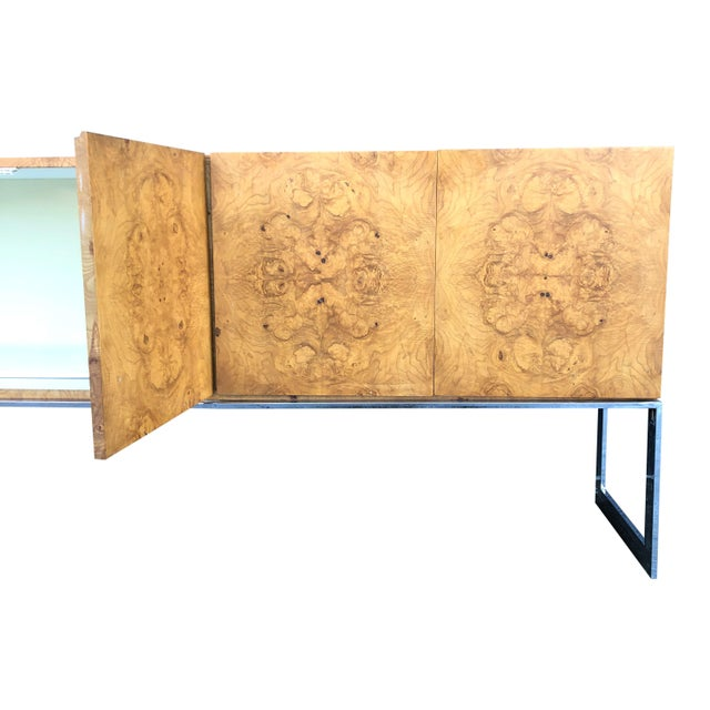 1970s 1970s Mid-Century Modern Milo Baughman for Thayer Coggin Burl Credenza on Chrome Base For Sale - Image 5 of 10