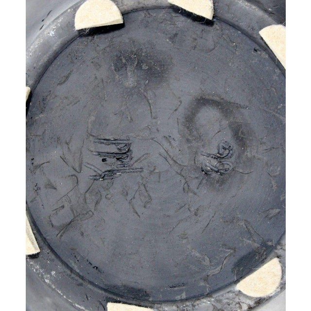 Gray Contemporary Robert Kidd Signed Dated Raku Ceramic Pottery, 1986 For Sale - Image 8 of 9