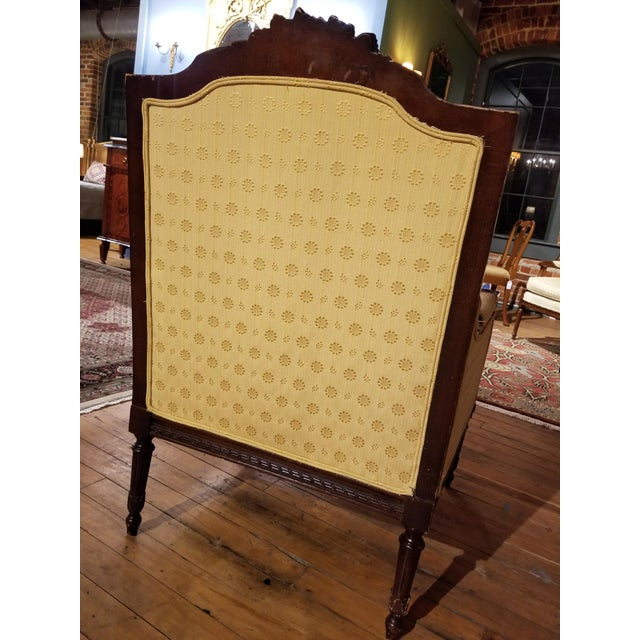 Early 20th Century Waldorf Astoria Ornately Carved Mahogany Bergere For Sale - Image 4 of 9