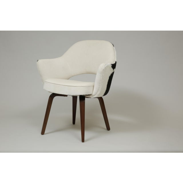 Lovely suede and cow hide vintage knoll chair. Knew upholstery and the desirable wood legs were refinished. dimensions:...