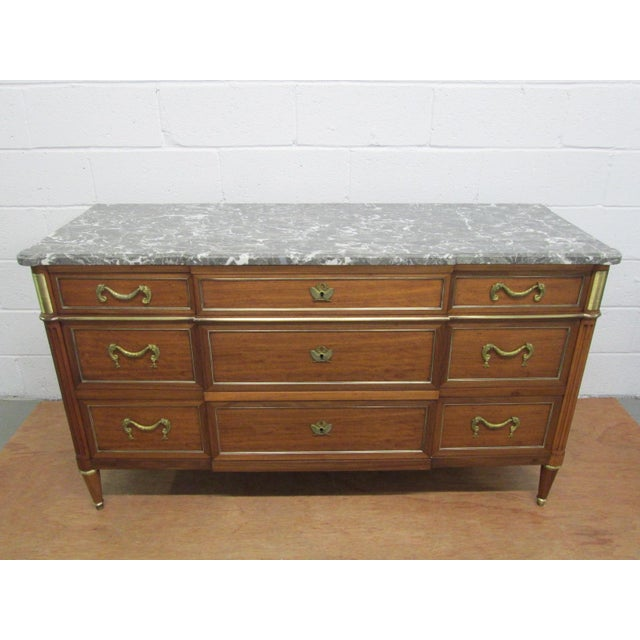 Louis XIV Pair of French Louis XIV Style Marble Top Dressers Commodes For Sale - Image 3 of 9