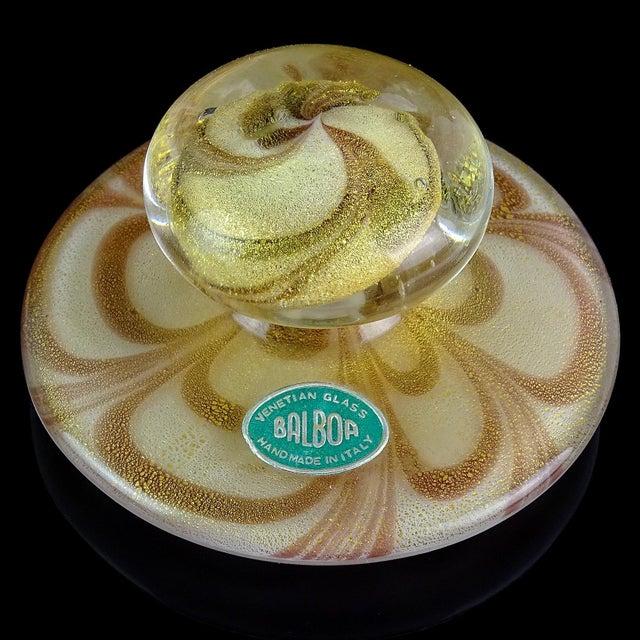Hollywood Regency Murano Purple Pulled Feather Gold Flecks Italian Art Glass Vanity Powder Box, Mid Century For Sale - Image 3 of 6