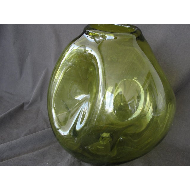 Vintage Hand Blown Pinched Art Glass Vase - Image 8 of 9