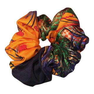 Hermes Handmade Vintage Silk Scarf Scrunchie in Golden Orange and Navy Tropical Print For Sale