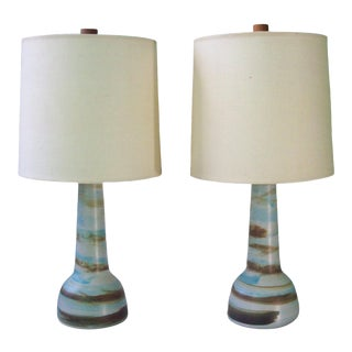 Gordon Martz for Marshall Studios Ceramic Table Lamps With Swirled Matte Glaze - a Pair For Sale
