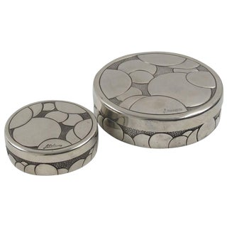 French Rene Delavan Art Deco Dinanderie Polished Pewter Box, 2 Pieces For Sale