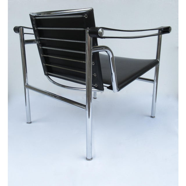 Metal C.1950s-60s Le Corbusier LC1 Basculant Chrome & Black Saddle Leather Sling Lounge Chair For Sale - Image 7 of 13
