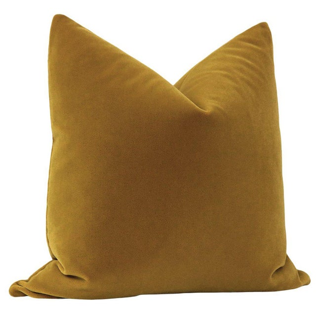 """Contemporary 22"""" Tobacco Mohair Pillows - a Pair For Sale - Image 3 of 5"""
