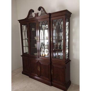 Drexel Heritage Devoncourt China Cabinet Preview