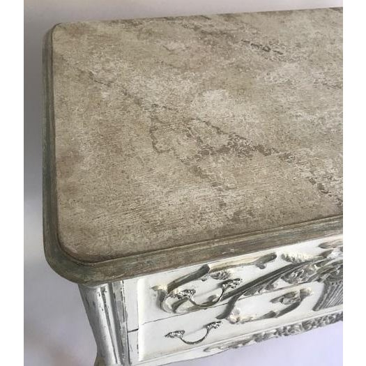 French Country 1960s Hand Painted White and Gray 2-Drawer Chest For Sale - Image 3 of 4